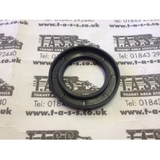 MAG FLANGE /FLYWHEEL LARGE OIL SEAL