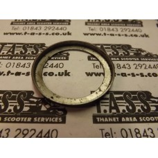 MAGNETO FLANGE / FLYWHEEL OIL SEAL RETAINER