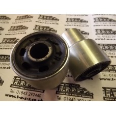 ENGINE MOUNT LARGE-SX/GP -SCOOTOPIA ,PAIR