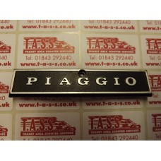 PIAGGIO TOP HORNCAST LONG  BADGE -PX EARLY