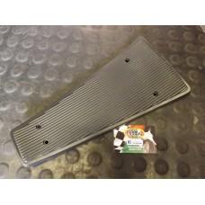 CENTRE PLASTIC BLACK T5/PX