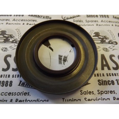 CLUTCH SIDE OIL SEAL METAL HIGH QUALITY BROWN