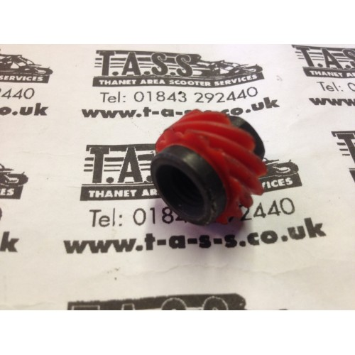 SPEEDO DRIVE NUT RED 10 TOOTH